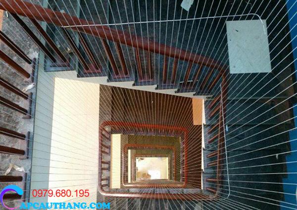 Cấu tạo của lưới cầu thang