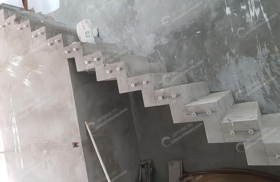 mẫu cáp cầu thang tại Hải Phòng