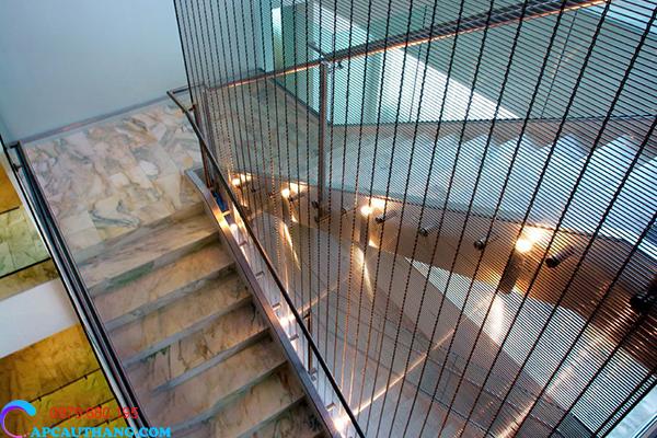 Lợi ích khi lắp đợt lưới cầu thang