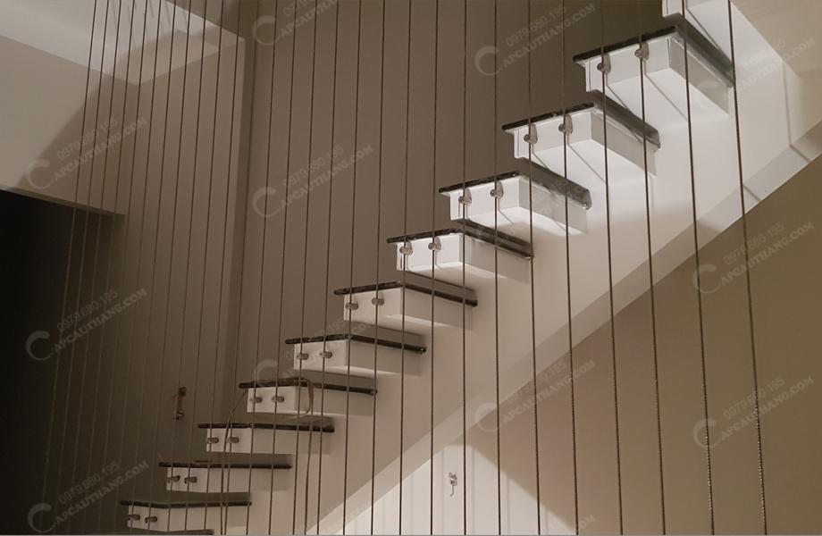 hình ảnh lưới bảo vệ cầu thang tại Thái Nguyên