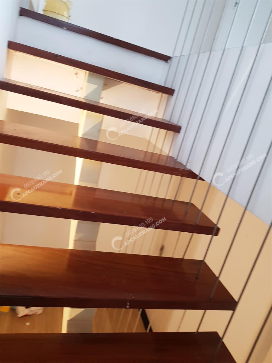 Không gian phù hợp với cầu thang dây cáp treo